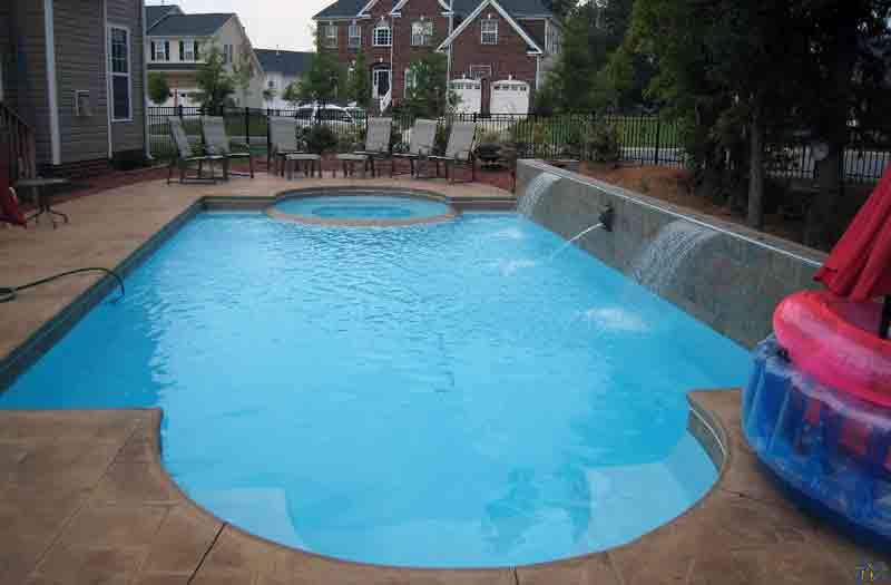 Caesar 39 s palace fiberglass pool by san juan pools for Caesars swimming pool