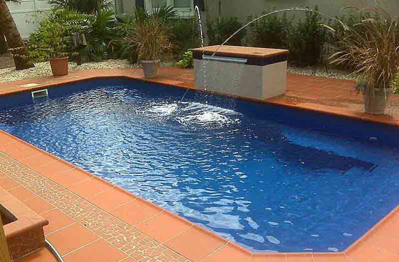 Barrier Reef Grande 4 Pool Model