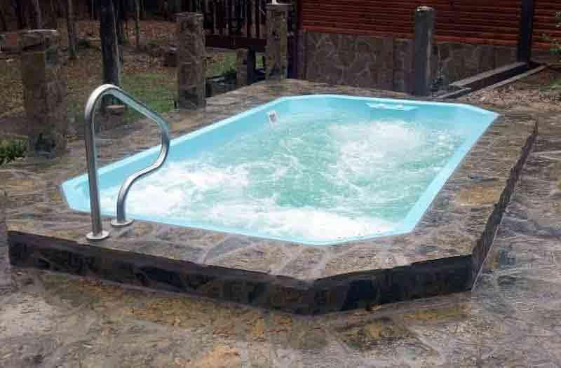 Leisure Pools Roman 29 Pool Model
