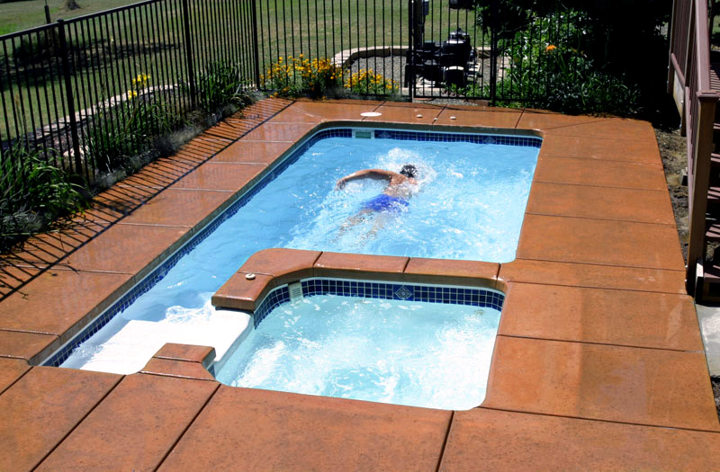 Memorial 18 Spa Combo Memorial 18 Spa Combo 8 X 18 X 5 Pool By Liberty  Composite